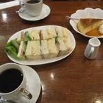 茶房 絵李花 - サンドイッチセットとプリンセット