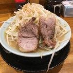 ラーメン 盛太郎 - ラーメン650円。野菜マシマシ。