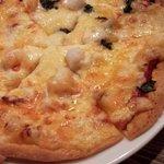 イタリアンバール Rotaia - シーフード「Pizza」