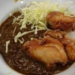 ほっぺ家はなれ 斗香庵 - 鶏の唐揚げカレー丼