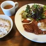 Cafe&Dining zero+ - ミルフィーユかつランチ