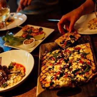 【ディナー】洗練されたオトナが集う空間。自慢の一皿に舌鼓。