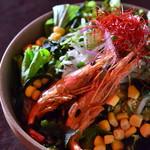 おぼろ豆腐と魚介のチョレギサラダ