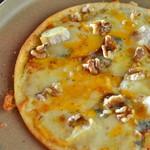 4種チーズのクアトロフロマッジョ~蜂蜜添え~