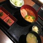 魚王KUNI(うおくに) - 雲丹いくら丼1690円
