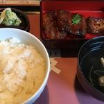 Dommaikyourakuken - うなぎ定食