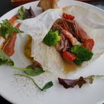トランジット・カフェ - 魚介と季節野菜のカルトッチョ-紙包み焼き