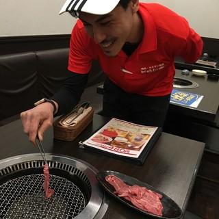 音羽宏律氏(オトワヒロノリ)―常連客も唸る至高の焼肉を追求