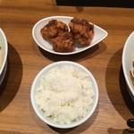 担担麺 胡 - から揚げ(3コ)、ごはん(中)