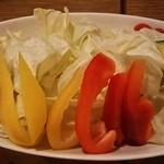 串勝 六角屋 - 赤い大根初めて食べました