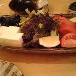 79294527 - コスパ最強サラダ
