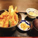 日本料理 黒潮 - 天丼定食 880円