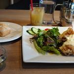 GRANDMIRAGE WHOLE NOTE CAFE - ◆メイン、前菜、パン(ライスもあります)、スープ、ドリンクなど。