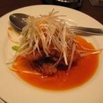 上海家庭料理 謝謝 - 平たい豚肉にあんが絡んでおいしい★酢豚