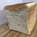食パン専門店 アルテの食パン - もちこ