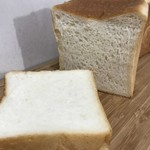 食パン専門店 アルテの食パン - もちこ0.75斤 360円