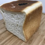 食パン専門店 アルテの食パン - 小倉の断面に小倉は無し