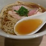 らぁ麺 はやし田 - 味わい深い醤油味