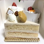 トリアノン - プラリネ バタークリーム ケーキ 370円