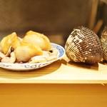79309359 - 大分のジャンボ赤貝