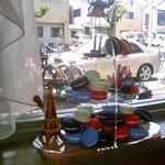 Cafe Time - 窓辺の装飾