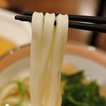 杵屋 - 麺はこんな感じ