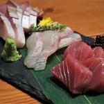 79316535 - 鮮魚のお造り3種盛り合わせ