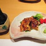 寿司栄 華やぎ - あなごの海苔巻。