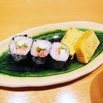 寿司栄 華やぎ - 梅しそ山芋巻きと玉子焼き。