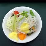 レストラン東北牧場 - 朝食ビュッフェ1,188円、サラダに赤玉マヨネーズと青玉マヨネーズ