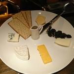 Funky - チーズ盛り合わせ