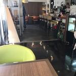 カフェ・クラッセ - 店内