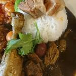 中華料理 八戒 - 厚切りチャーシュー&骨付きチキン