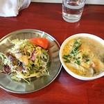 中華料理 八戒 - カレーランチ(サラダ&スープ)