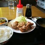 千丸 - から揚げ100g定食 ¥600