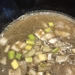 煮干乱舞 - 濃縮煮干でキラキラのスープ