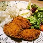 お肉料理×Oyster house Kai - 牡蠣フライランチ