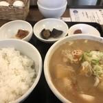吉田とん汁店 - 料理写真: