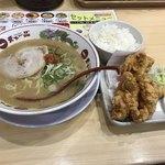 天下一品 - 料理写真:唐揚げセット990円(税込)