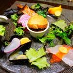 キャトルラパン - この前菜は一人一皿です