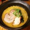 極楽鳥 - 料理写真:こってり醤油らーめん(ライト) 680円