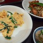 79352542 - ランチ麺セット(八宝湯・カレー味揚豚と青菜載せ麺)980円