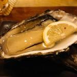 季魚旬酒 なぶら - 生牡蠣❤️  ぷりぷりで美味しかった~