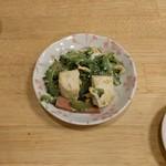 奥武島海産物食堂 - ゴーヤーチャンプルー皆でお取り分け。