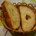 スペイン食堂 石井 - パン