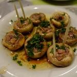 スペイン食堂 石井 - 長谷川さんこだわりのマッシュルームの鉄板焼き