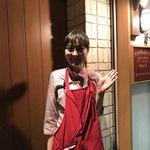 チャイニーズ酒場 エンギ - 可愛い女性スタッフ(掲載了承済)