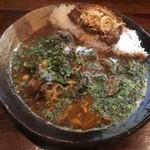 Karenotoriko - 鯖味噌あいがけ+野菜