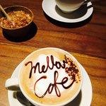 メロー カフェ - カフェ⭐︎確かラテと…ショコラータ?忘