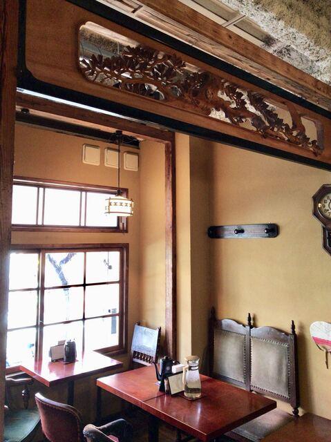 旧ヤム邸 シモキタ荘 - レトロな店内